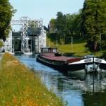 Schiffshebewunder am Canal du Centre