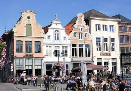 Das Herzstück von Mechelen: Der Grote Markt. (Foto Karsten-Thilo Raab)