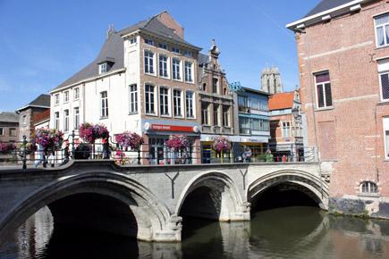 Die charmante Seite von Mechelen zeigt sich auch am Ufer der Dijle. (Foto Karsten-Thilo Raab)