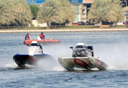 Speedbootrennen beim Sharjah Water Festival. (Foto Foto Sharjahr Tourism)