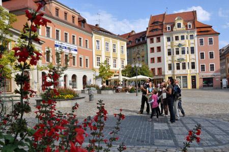 Auf Bautzens Hauptmarkt lässt es sich wunderbar entspannen. (Foto: Tourist-Information Bautzen-Budyšin)