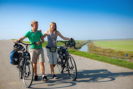 Gut ausgeschilderte Radwege bringen Aktivurlaubern die abwechslungsreiche Landschaft zwischen Küste und Binnenland näher. (Foto:  Oliiver Franke)