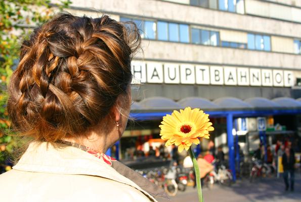 Vorsicht Bahnhof: Die Bahn will angeblich mit Kundendaten Geschäfte machen. (Copyright Karsten-Thilo Raab)