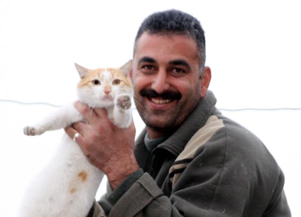 Für viele Männer in der Türkei arabischen Welt ist die Haarpracht im Gesicht ein Symbol der Männlichkeit. (Copyright Karsten-Thilo Raab)