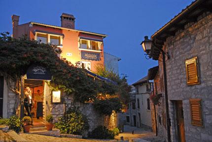 Einladend und gemütlich: Istriens traditionelle Restaurants.