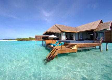 Auf den Malediven haben viele Hotelzimmer direkten Meereszugang.