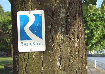 Einer der beliebtesten Wanderwege in NRW: Der Rheinsteig. (Foto: Hans Weingartz)