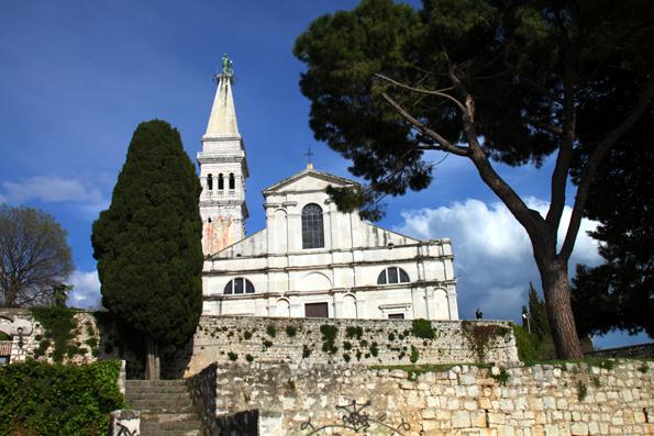 Thront hoch über Rovinj: Die Kirche der Heiligen Euphemia. (Foto: Karsten-Thilo Raab)