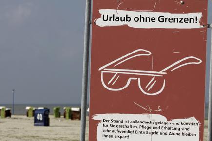 Ganz so stimmt es nicht - es sei denn, man lässt sich nicht vom Meer aufhalten. (Foto: Udo Haafke)