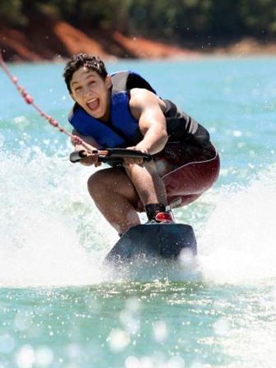 Ein Paradies für Wassersportler: Ras Al Kaimah