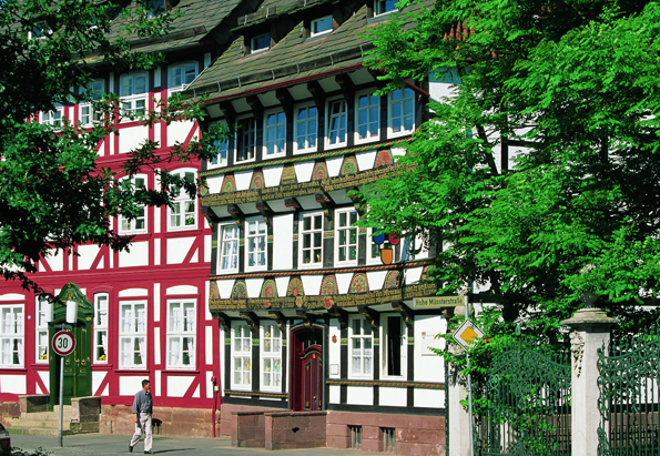 Ein Spaziergang durch die alten Gassen Einbecks ist eine Zeitreise ins Mittelalter. (Foto: Einbeck Marketing)
