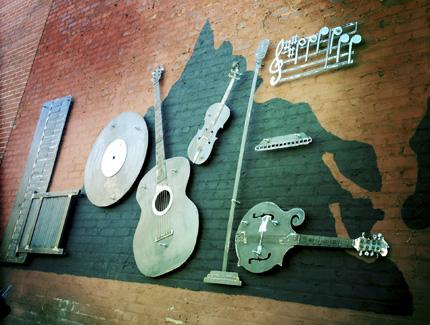 Die Liebe zur Musik wird an der rooked Road auf dem Virginia Heritage Music Trail in Bristol herausgestellt