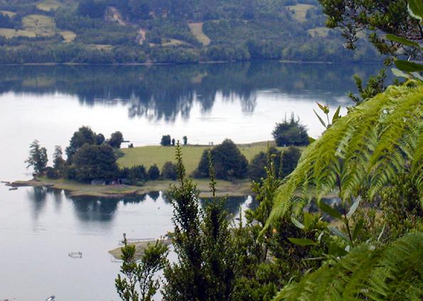 Grandiose, weitgehend unberührte Natur bestimmt den Zauber con Chiloé. (Foto: Melinka)