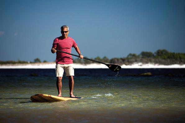 In Panama City Beach an Floridas Nordwestküste am Golf von Mexiko soll beim Stand Up Paddling Geld für den gewässerschutz gesammelt werden. (Foto: Panama City Beach)