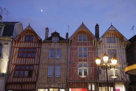Ebenfalls vom Champagner geprägt: Das Städtchen Troyes in der Region Champagne-Ardenne. (Foto: Udo Haafke)