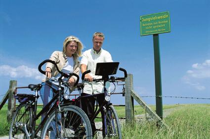 Das Störtebekerland eignet sich hervorragend für Radtouren, bei denen sich die Landschaft entspannt erkunden lässt. (Foto:SKN-Ostfriesland)