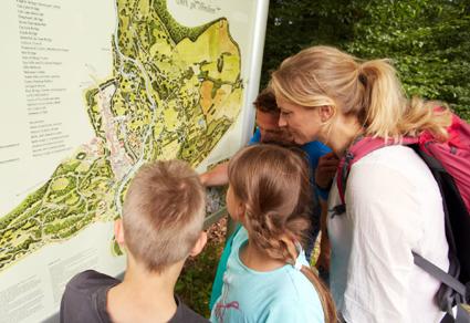 Die Oberlausitz zählt zu den beliebtesten Wanderregionen in Deutschland und verfügt über ein 5.000 Kilometer langes Wandernetz, das zu herrlichen Touren, Rundwegen und Wanderzielen einlädt. (Foto: www.marusgloger.de)