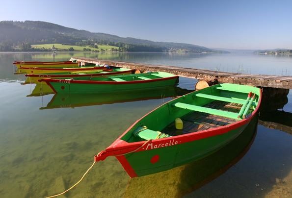 Die Franche-Comté im Osten Frankreich besticht durch traumhafte Landschaften - wie hier am See Saint Point. (Foto: Fabrice Parriaux)