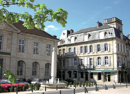 Vesoul besticht durch zahlreiche Prachtbauten.