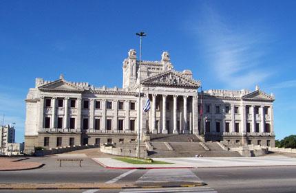 Der Palacio Legislativo,  der Sitz des Parlaments in Montevideo. (Foto Federico Corral aka Shant)