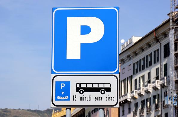 Auch Falschparker profitieren von einer neuen Regelung in Italien: Wer binnen fünf Tagen sein Knöllchen begleicht, spart 30 Prozent. (Foto: Karsten-Thilo Raab)