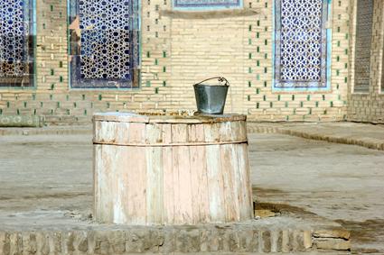 Historiuscher Brunnen im Tosh Hovli Palast. (Foto: Karsten-Thilo Raab)