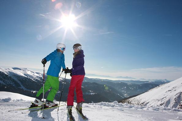 Die Turracher Höhe liegt auf 1.793 Metern. Das Skigebiet mit seinen 38 Pistenkilometern erstreckt sich von 1.400 bis 2.025 Meter.