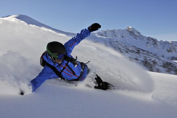 PUlverschnee vom Feinsten begeistert nicht nur die Snowboarder im Fürstentum.