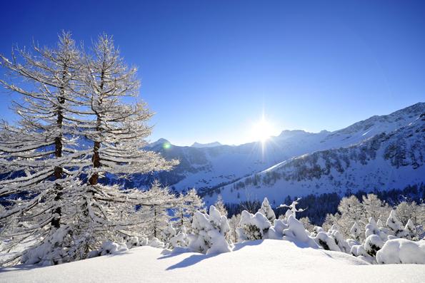 Liechtensteins Alpen laden zu allerlei Winteraktivitäten ein.