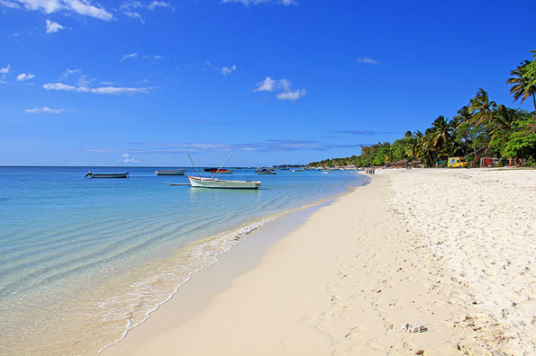 Bekannt ist das Inselparadies Mauritius für seine Traumstrände wie hier bei  Trou-aux-Biches.