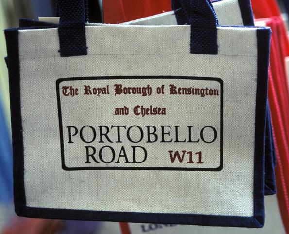"""Die Portobello Raod wurde nicht zuletzt dank des Kinoerfolgs """"Notting Hill"""" weltberühmt."""