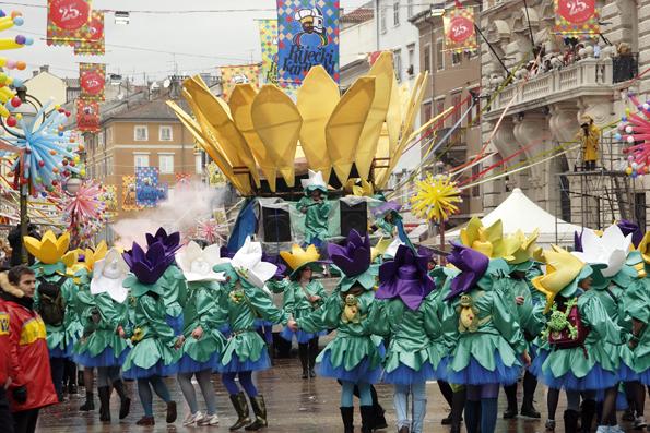 Am 17. Januar wird in der Region Kvarner wieder die Karnevalsaison mit bunten Umzügen eingeläutet. (Foto: TVB Kvarner)