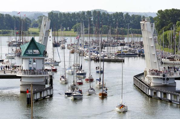 Im Hafen von Kappeln hat die Fischerei noch Tradition. (Foto: djd)