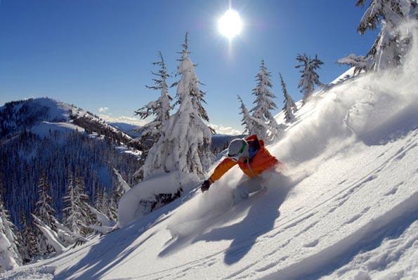 Ein Traum in Weiß: Die mit Pulverschnee bedeckten Hänge der Rocky Mountains. (Foto Skiing Idaho)