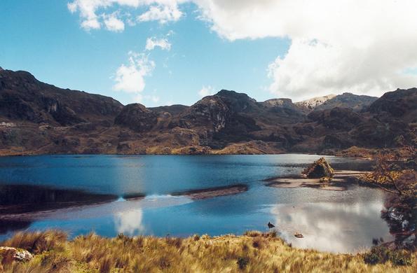Mehr als 230 Seen finden sich im grandiosen Nationalpark El Cajas in Ecuador. (Foto: Delphine Ménard)