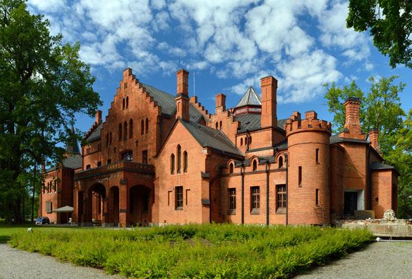Kleinod in Estland: Das Schloss von Sangaste, eines der vielen prächtigen Herrensitze des Landes. (Foto Ivar Leidus)