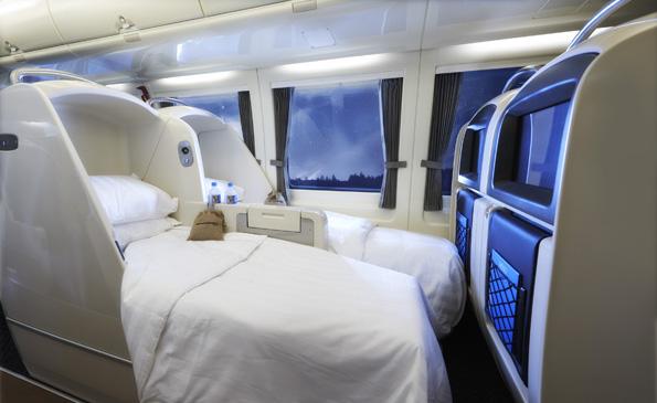 """Nur fliegen ist schöner: Mit bequemen Betten rollt der Spirit of Queensland"""" von Brisbane nach Cairns."""