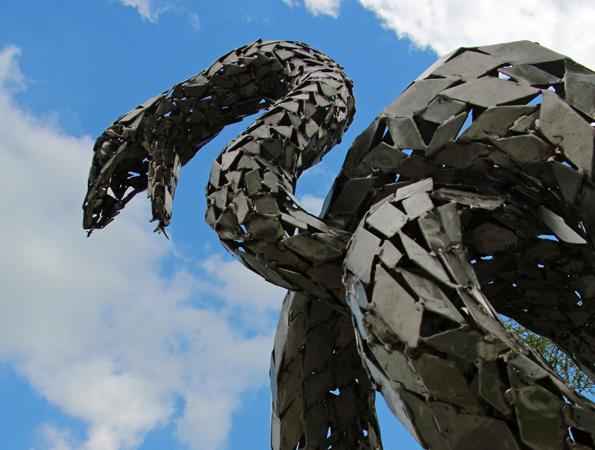 Mit uzngewöhnlichen Blickfängen zieht der Limavady Sculpture Trail die Besucher Nordirlands in seinen Bann.