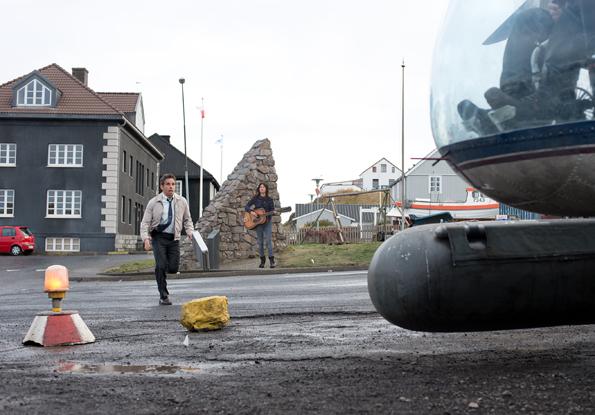 Mit einem Hubschrauber hebt Ben Stiller bei den Dreharbeiten und im Film ab. ((Foto: Promote Iceland)