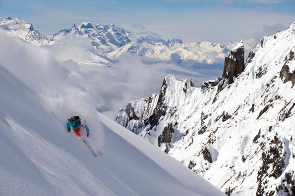 Powder-Snow wie in den Rockys und spektakuläre Abfahrten finden sich auch in Vorarlberg. (Foto: Sepp Mallaun)