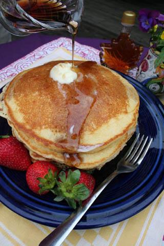 Pfannkuchen mit Ahornsirup. (Foto Vermont Department of Tourism and Marketing)