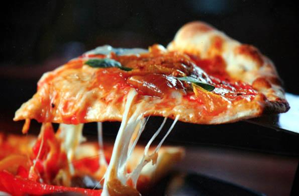 Pizaa und Pasta sind nur zwei der Genüsse, für die Ligurien bekannt ist. (Foto: Karsten-Thilo Raab)