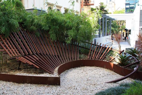 """Eine der vielen Kunstwerke auf Brisbanes Straßen: """"Returning"""" von Stuart Green."""