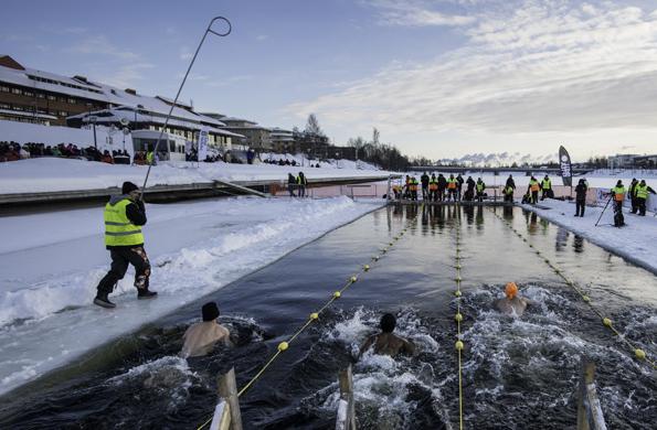 Eine ganz besondere Erfahrung: Das Winterbaden im schwedischen Skellefteå. (Foto Olaf Schneider)