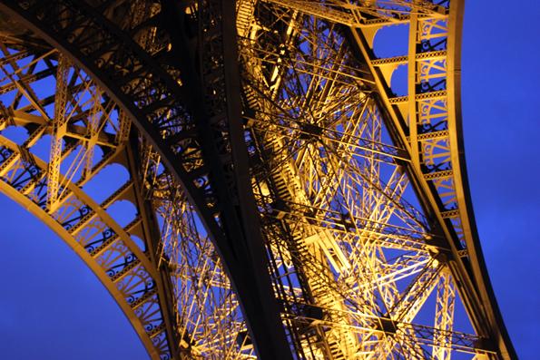 Auch nach 125 Jahren das Symbol Frankreichs: Der Pariser Eiffelturm. (Foto: Karsten-Thilo Raab)