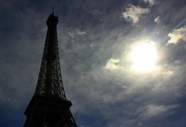 Fast überall in Paris ist der 324 Meter hohe Stahlkoloss zu sehen. (Foto: Karsten-Thilo Raab)