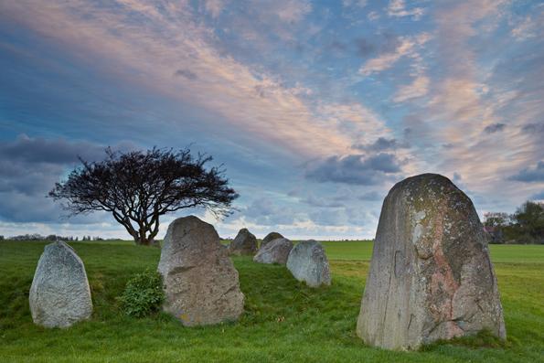 Faszinierendes Stück Zeitreise: Der Großsteingrab bei Nobbin. (Foto: Thomas Grundner)