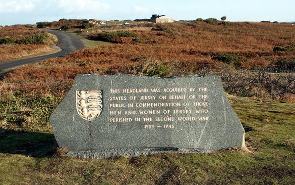 Am Noirmont Point wird die Erinnerung an den Zweiten Weltkrieg bewahrt. (Foto: Karsten-Thilo Raab)