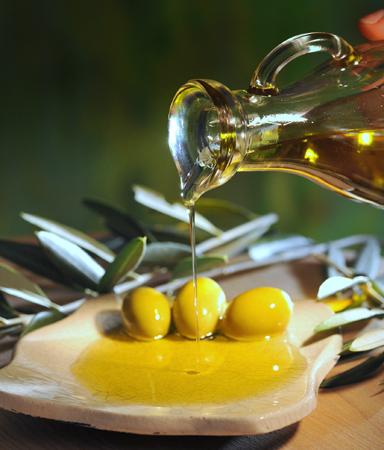 Bei den Festivals an der slowenischen Adria mangelt es auch nicht an mit Olivenöl verfeinerten Köstlichkeiten.