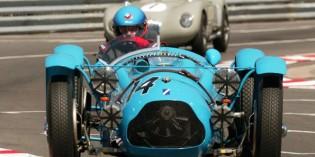 Faszinierende Oldtimer treffen beim Historischen Grand Prix von Monaco auf Motorsportlegenden